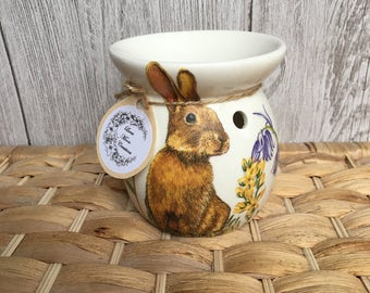 Hand decorated wax warmer with or without stand