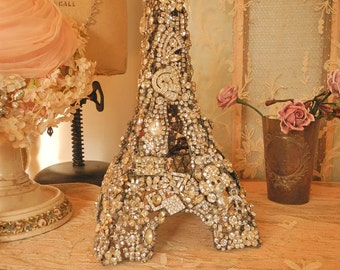 """11.5"""" Wire EIFFLE TOWER Completely Covered Vintage RHINESTONES Jewelry"""