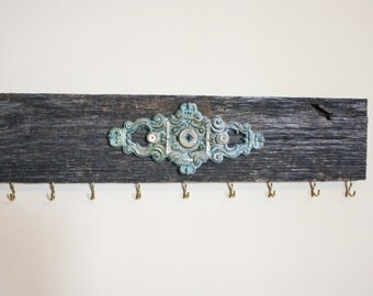 Patina Plate Jewelry Hanger