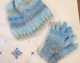 Hat & Gloves Hand Knitted Childs Toddlers