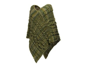 Very chunky Wool Knitted Poncho Green Melange Desing