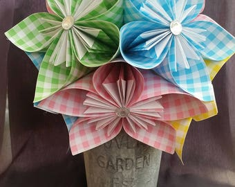 Gorgeous kusudama blooms in a shabby chic tin.