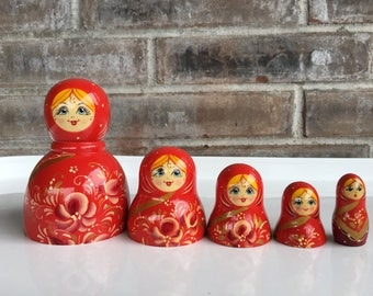 Nesting Doll Tops//Set of Five Nesting Doll Tops//Red Nesting Doll Tops//Wooden Nesting Doll Tops//Russian Nesting Doll Tops