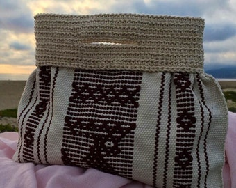 Henequen and Hilaza Pouch