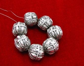 """Rare antique Yemeni jewish """"Yemenite"""" silver globe beads ( #1391 )"""
