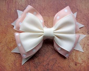 beige bow clip,beige bow,hair Bow, beige hair bow,Bow Hair Clip,Girls Bow Hair Clip,Hair Clip, bow barrette,girls barrette,5in Hair Bow