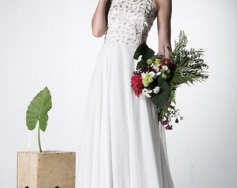 lace wedding dress/open back wedding dress/ garden wedding dress/ modern wedding dress / backless wedding dress