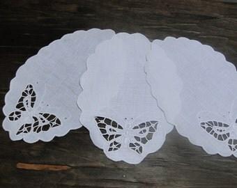 doily richelieu, white doily, linen tablecloth, butterfly