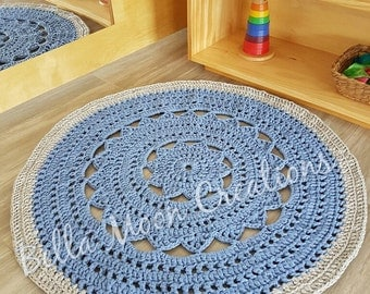 Crocheted tshirt yarn rug