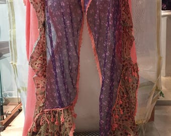 Very original chiffon scarf. Handkerchief with three layers and colors and shape fringed flowers.