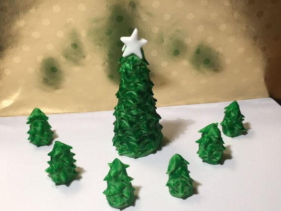 Edible Christmas cake topper large tree + 5 small trees or gifts