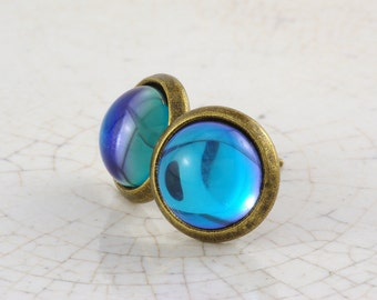 Small bronze studs with blue, purple or green changing glass cabochon