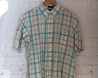 Vintage 60's 70's Men's The Squire Shop Authentic Indian Madras Short Sleeve Plaid Button-Down Shirt Size Large XL Made in USA Retro 60s 70s