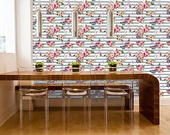 Flowers & Butterfly Wallpaper