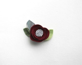 SILVER CRIMSON// single flower clip// felt flower
