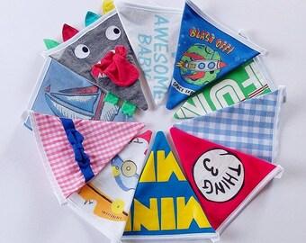 Baby clothes keepsake bunting / babygrow bunting / memory bunting / babygrow garland / personalised bunting / new baby/nursery bunting decor
