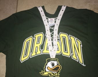 Oregon ducks lace up tee