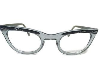 Beautiful Vintage 1960s Cat Eye Shuron NuLady Frames