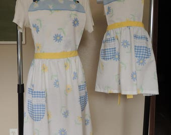 Daisy and blue gingham full apron, one-of-a-kind, mommy-and-me/grandma-and-me apron set