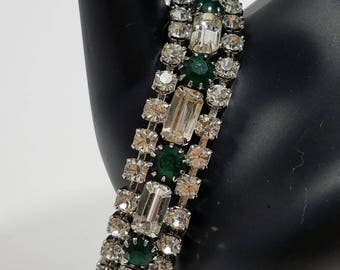 Simply Gorgeous Rhinestone Bracelet with Clear & Emerald Stones