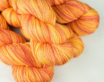Hand dyed yarn, 4ply, BFL/Silk/Cashmere, Peachy