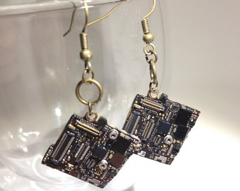 Small iphone motherboard copper