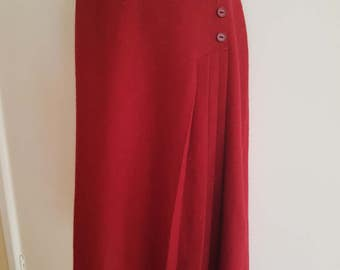 Vinatge / 70s 80s / Red Wool / Pleat / A Line / Midi Winter Skirt