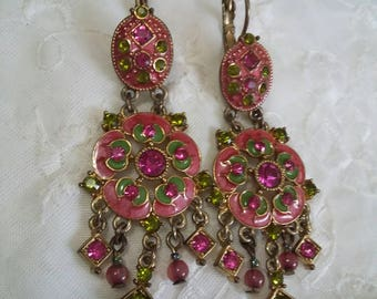 Avon vintage chandelier pierced lever back earrings