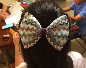Zigzag pattern hand-sewn hair bow barrette