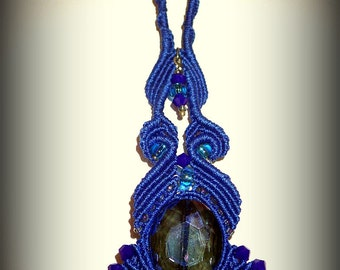 Youthful and original handmade necklace