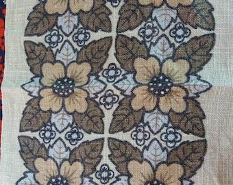 1970s Retro Irish Linen Placemats