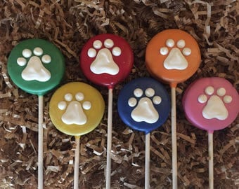 Paw print Oreo cookie pops / Paw Patrol birthday party favor / pet lover gift / one dozen (12)