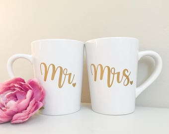 Mr & Mrs mug, couple mugs, newlywed couple mugs, mr mug, mrs mug