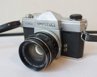Fujica ST701 35mm SLR camera w/ FUJINON 55mm 1:1.8 Lens