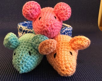 3 Soft Cotton Mice in an Crochet Basket