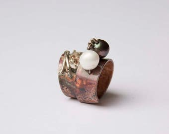 Ying and Yang in Copper