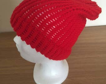 Ladies Red Slouchy Hat, Ideal For Spring