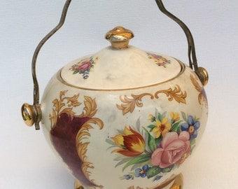 Sadler English Pottery Gilt Biscuit Barrel (pattern 1834)