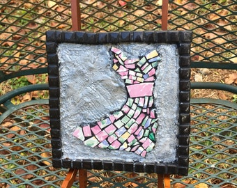 Windy Dress Plaque in Pink