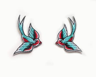 2x Swallow birds Rockabilly Patch blue cyan & red Iron On Embroidered Applique Patches tattoo pinup freedom