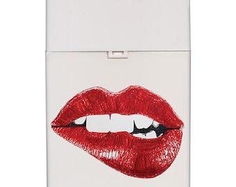 Handmade custom plastic cigarette case box with personalized stylish pattern any text message chic logo lips elegant vintage design