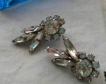 Vintage rhinestone earings, clip on style