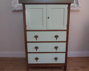 Oak Vintage Cabinet With 3 Drawers