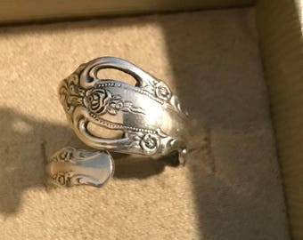 Lovely ~ Vintage Signed Oneida Sterling Silver Rose SPOON RING Size 8 & 6 Grams