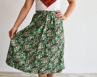 Midi green skirt Vintage, floral print, cotton