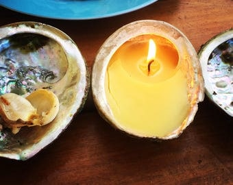 Abalone beeswax candle