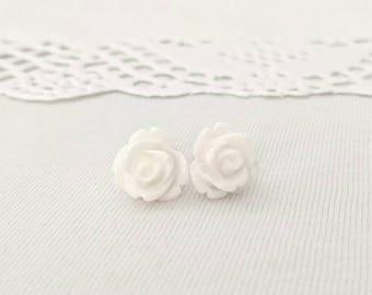 Rose resin studs, snow white studs