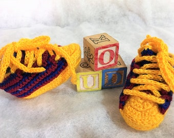 set of two pairs of shoes for baby