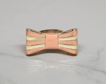Vintage Bow Ring | 1980s | Pink