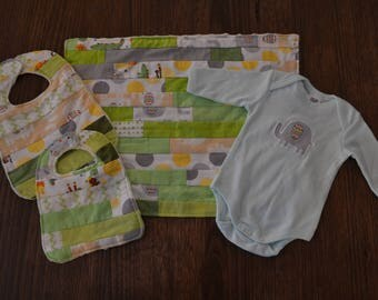 Baby Gift Set / Baby Shower / Onesie / Bib / Burp Cloth